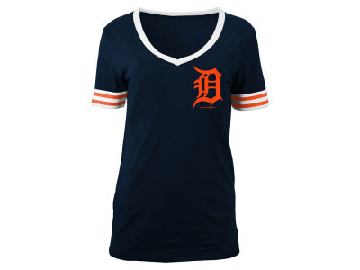 Detroit Tigers 5th & Ocean MLB Women's Retro V-Neck T-Shirt