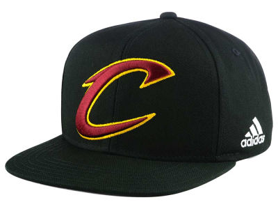 Cleveland Cavaliers Outerstuff NBA Kids XL 2-Color Snapback Cap