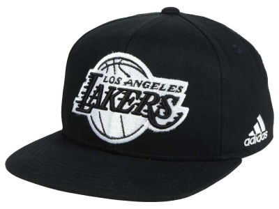 Los Angeles Lakers Outerstuff NBA Kids Black and White Snapback Cap