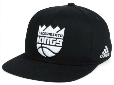 Sacramento Kings Outerstuff NBA Kids Black and White Snapback Cap