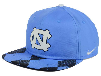 North Carolina Tar Heels Nike NCAA 4.0 Hook Snapback Cap