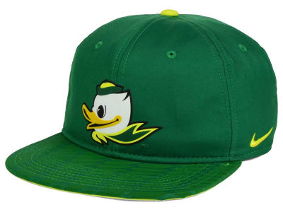 Oregon Ducks Nike NCAA 4.0 Hook Snapback Cap