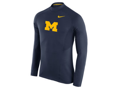 Michigan Wolverines Nike NCAA Men's Player Hyperwarm Fitted Long Sleeve Top