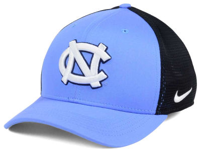 North Carolina Tar Heels Nike NCAA Aero Bill Mesh Swooshflex Cap