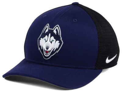 Connecticut Huskies Nike NCAA Aero Bill Mesh Swooshflex Cap