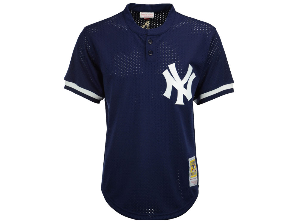 New York Yankees Mariano Rivera Mitchell   Ness MLB Men s Authentic Mesh  Batting Practice V-Neck Jersey  3e1129217ea