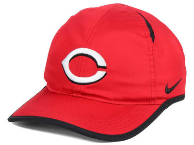 Cincinnati Reds Nike MLB Dri-Fit Featherlight Adjustable Cap