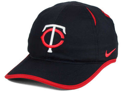 Minnesota Twins Nike MLB Dri-Fit Featherlight Adjustable Cap