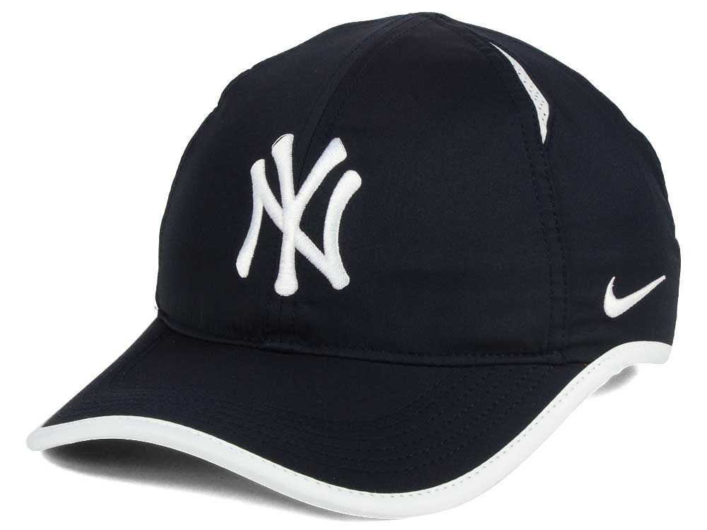 New York Yankees Nike MLB Dri-Fit Featherlight Adjustable Cap  38d13f52a97