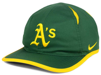 Oakland Athletics Nike MLB Dri-Fit Featherlight Adjustable Cap