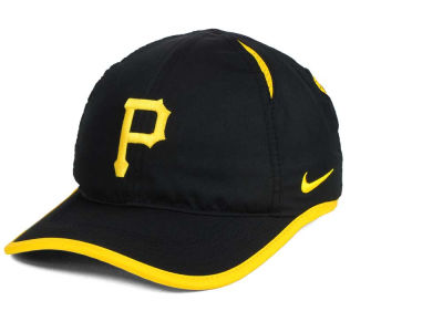 Pittsburgh Pirates Nike MLB Dri-Fit Featherlight Adjustable Cap
