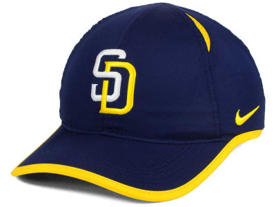 San Diego Padres Nike MLB Dri-Fit Featherlight Adjustable Cap