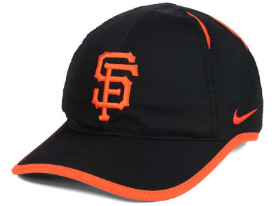 San Francisco Giants Nike MLB Dri-Fit Featherlight Adjustable Cap