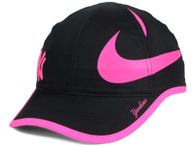 New York Yankees Nike MLB Women's Featherlight Adjustable Cap