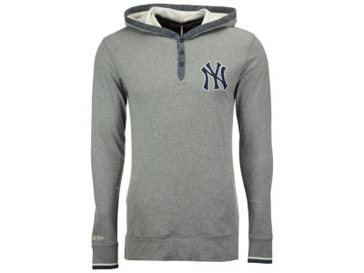New York Yankees Mitchell and Ness MLB Men's Seal The Win Hooded Long Sleeve T-Shirt