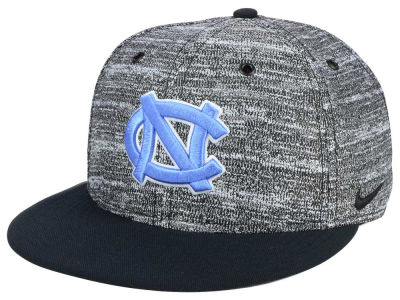 North Carolina Tar Heels Nike NCAA Col True Heathered Snapback Cap