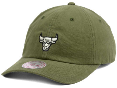 Chicago Bulls Mitchell and Ness NBA Mitchell and Ness Morbido Dad Hat Strapback Cap