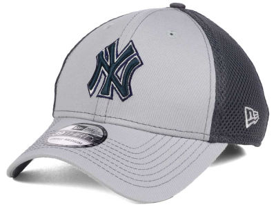 New York Yankees New Era MLB Greyed Out Neo 39THIRTY Cap