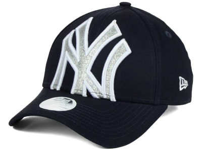 New York Yankees New Era MLB Women's Glitter Glam 9FORTY Strapback Cap