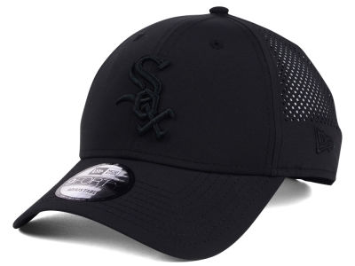 Chicago White Sox MLB Black/Black Perf Tech 9FORTY Adjustable Cap
