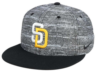 San Diego Padres Nike MLB New Day Snapback Cap
