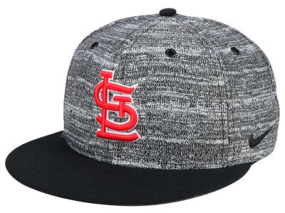 St. Louis Cardinals Nike MLB New Day Snapback Cap