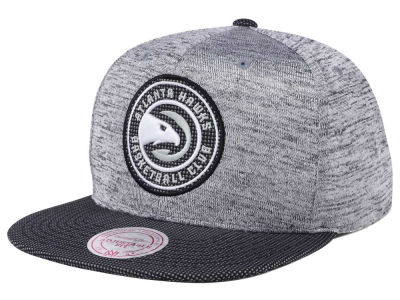 Atlanta Hawks Mitchell & Ness NBA Space Knit Snapback Cap