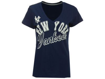 New York Yankees G-III Sports MLB Women's Homefield T-Shirt