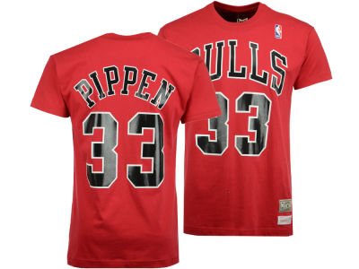 Chicago Bulls Scottie Pippen Mitchell and Ness NBA Men's Hardwood Classic Player T-Shirt