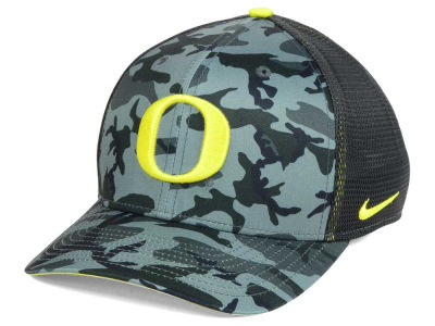 Oregon Ducks Nike NCAA Camo Hook Swooshflex Cap
