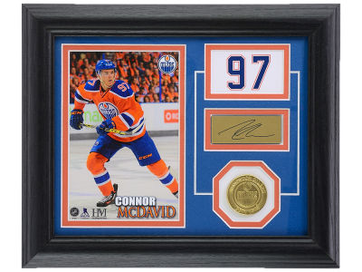 Edmonton Oilers Connor McDavid 10x12 Player Pride Photo Mint