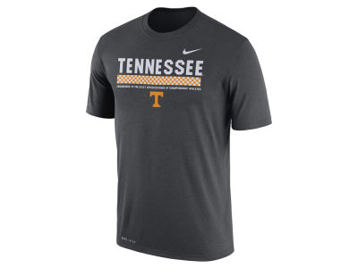 Tennessee Volunteers Nike 2017 NCAA Men's Legend Staff Sideline T-Shirt