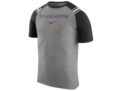 Washington Huskies Nike NCAA Men's Shoulder Stripe T-Shirt