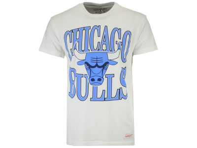 Chicago Bulls Mitchell & Ness NBA Current Logo Traditional T-Shirt