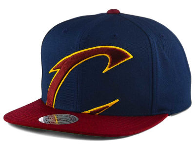 Cleveland Cavaliers Mitchell and Ness NBA Cropped XL Logo Snapback Cap