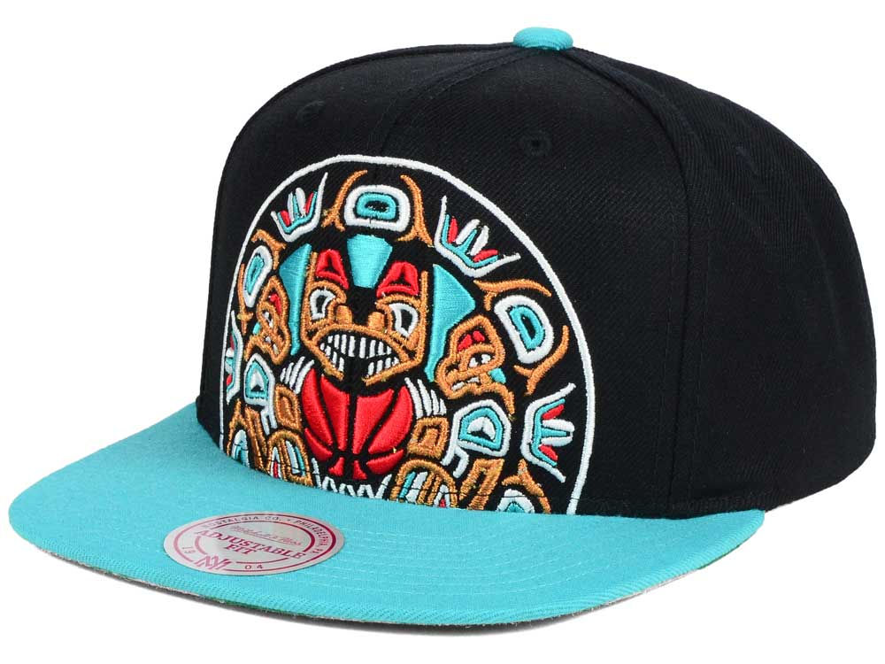 Vancouver Grizzlies Mitchell   Ness NBA Hardwood Classic Cropped XL Logo  Snapback Cap  773279fca835