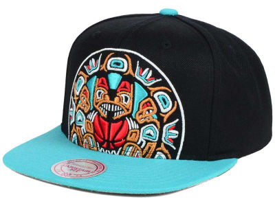 Vancouver Grizzlies Mitchell & Ness NBA Hardwood Classic Cropped XL Logo Snapback Cap
