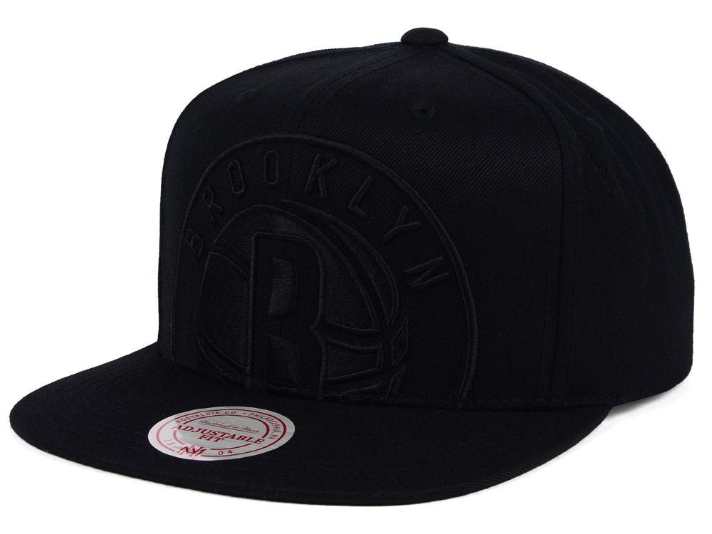 Brooklyn Nets Mitchell   Ness NBA Cropped XL Logo Snapback Cap ... dd97347950e