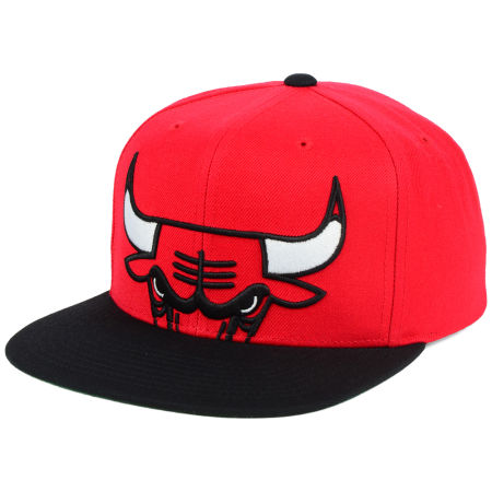 Chicago Bulls Mitchell & Ness NBA Cropped XL Logo Snapback Cap