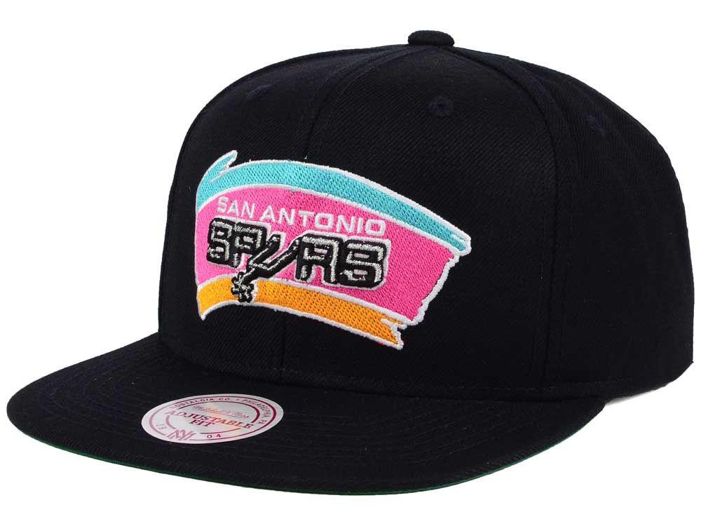 73d785135 San Antonio Spurs Mitchell   Ness NBA Hardwood Classic Basic Logo Snapback  Cap