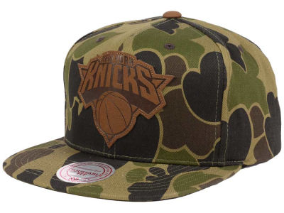 New York Knicks Mitchell and Ness NBA Lux Camo Snapback Cap