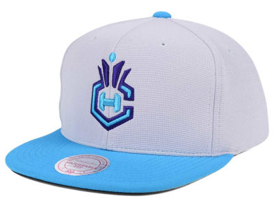 Charlotte Hornets Mitchell & Ness NBA The Cloud Snapback Cap