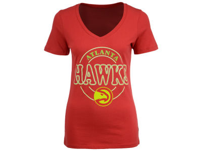 Atlanta Hawks NBA Women's Circle Glitter T-Shirt