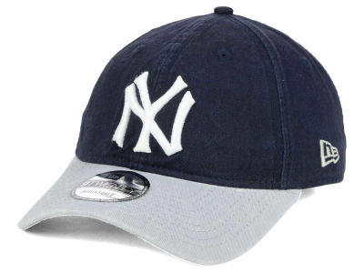 New York Yankees New Era MLB Coop Core Classic 2Tone 9TWENTY Strapback Cap