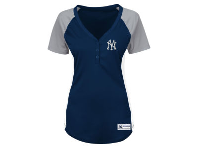 New York Yankees Majestic MLB Women's League Diva Plus Size T-Shirt