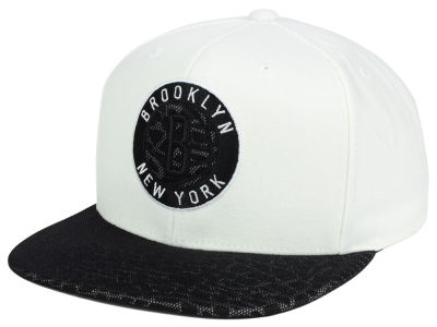 Brooklyn Nets Mitchell and Ness NBA White Reflect Snapback Cap