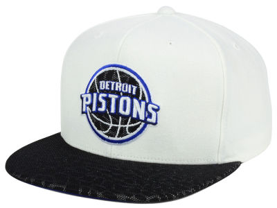 Detroit Pistons Mitchell and Ness NBA White Reflect Snapback Cap