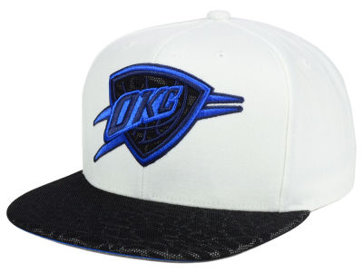 Oklahoma City Thunder Mitchell and Ness NBA White Reflect Snapback Cap