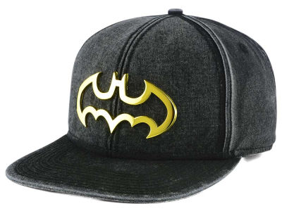 DC Comics Metal Logo Washed Snapback Cap