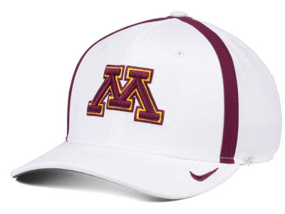 Minnesota Golden Gophers Nike NCAA Aerobill Sideline Coaches Cap